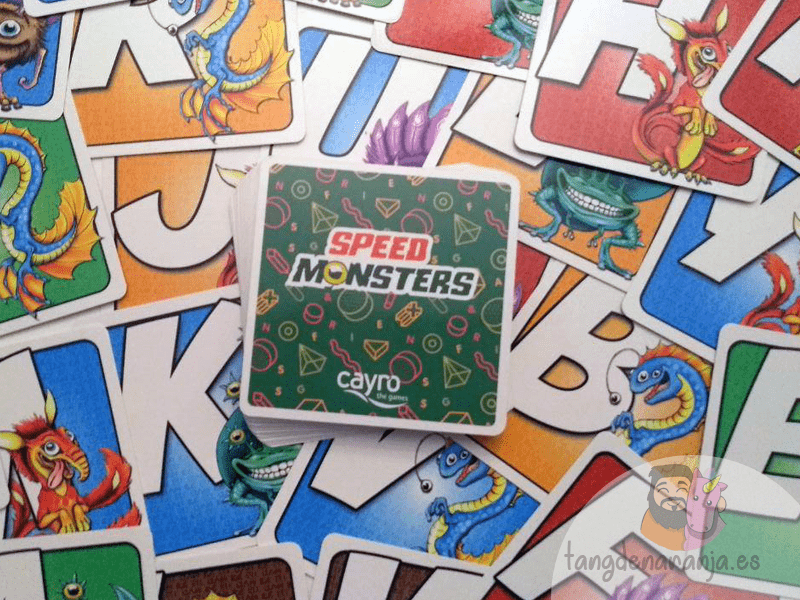 Speed Monsters juego de mesa cayro cartas